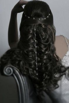 Don't bother clicking through as I couldn't find this image anywhere on the site, but... inspo for hair jewellery? - AK