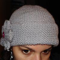 .:: Aprendendo Tricô ::.: Gorro + Flor com agulhas retas Baby Booties, Knitted Hats, Knitting Patterns, Beanie, Booty, Womens Fashion, Bolero, Blazers, Gallery