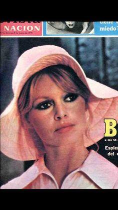 Brigitte Bardot covers  Argentina magazine-1970