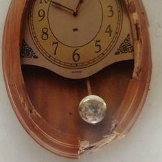 O tempo não para no tempo ... #tempo #tictac #causos #relogioantigo #pêndulo #time #precisão #analógico