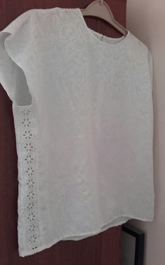 lace strips in sides enlarge a tight top