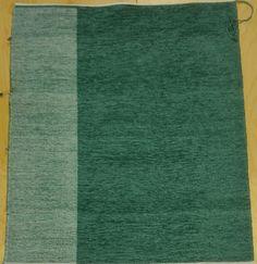 muntunvihreä Kangaspuilla kudottu tyynykangas nimeltä puolikas, sametti- ja pellavalangoilla. Koko 60x80cm