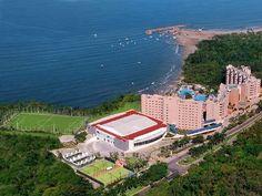 Azul Ixtapa All Inclusive Beach Resort and Convention Center es un hotel de 4 ½ estrellas en Ixtapa-Zihuatanejo, México, con cómodas suites. Reserva en BestDay.com