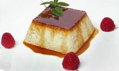 Flan with Apples. Ingredients- 4 apples, of Sugar, butter, 2 eggs and 100 ml of milk. Apples in the microwave inside a Tupperware add sugar and mash. Mix Eggs and Sugar. Pour into a recipient and cook at 1 hour cook time Mexican Food Recipes, Sweet Recipes, Dessert Recipes, Custard Desserts, Just Desserts, Caramel Flan, Flan Recipe, Cakes And More, Creme