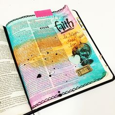 Journaling Bible art by Laura McCollough |www.akissonthechic.com