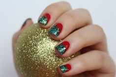 Red & Green Glitter Christmas Nails