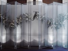 The scene inspired by the shape of the doors and Windows with translucent fabric walls made the flowers soften. Wedding Backdrop Design, Wedding Reception Backdrop, Wedding Stage Decorations, Old Doors Wedding, Thailand Wedding, Altar, Lounges, Trendy Wedding, Event Decor