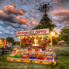 laughing clowns carnival game