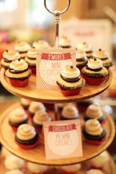 Smore cupcake tower /// #cupcakes #smores