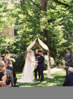 Bridesmaids Dresses: Amsale - http://www.stylemepretty.com/portfolio/amsale Gown: Jenny Packham - jennypackham.com Ceremony Venue: University Of Washington - http://www.stylemepretty.com/portfolio/greg-garden-at-university-of-washington   Read More on SMP: http://www.stylemepretty.com/2014/03/03/rustic-sodo-park-wedding-in-seattle-washington/