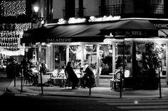 Vampires at the Moulin Rouge #fridayflash | Lara Dunning