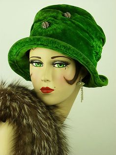 Vintage Hat 1920s All Original Art Deco Flapper Green Velvet Cloche Stunning | eBay