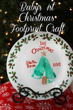 DIY Baby's First Christmas Footprint Plate - easy craft for kids of all ages!