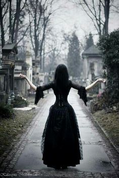I would love to do a shoot with clothes like this in a place like this. Graveyards are so peaceful and calm. This is a beautiful photo.