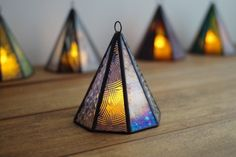 """""""Mini Akari"""" AT22 stained glass lamp - Tent by Stainedglacias"""