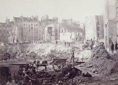 Percement de l'avenue de l'Opéra. Chantier de la Butte des Moulins, à la hauteur du passage Molière, vers 1877. Photographie de Charles Marville