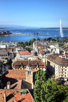 This centrally located hotel offers views of Lake Geneva and Mont Blanc from nearly every turn. Beau Rivage Geneva (Switzerland) - Jetsetter