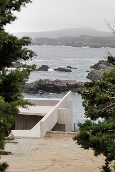 Viewing platform tops Felipe Assadi's Casa Cipolla on Chilean coast