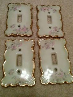 VINTAGE OFF WHITE & GOLD LIGHT SWITCH PLATES/COVERS | Vintage ... on light switch and outlet covers, light switch and receptacle covers, electrical plug and switch covers,