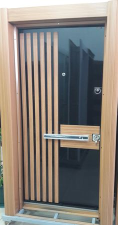 Main Door Handle Interior 67 Ideas For 2019 Modern Entrance Door, Modern Wooden Doors, Custom Wood Doors, Contemporary Doors, Wooden Glass Door, Glass Door Knobs, Front Door Design Wood, Main Door Design, Craftsman Front Doors