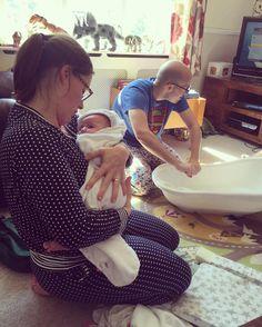 Post-bath mumma snuggles! #connie #babygirl #baby #8weeks