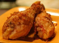 Baked Fried chicken is the best, but it's nice and fattening. This recipe is definitely not healthy, but it's much healthier than actual fri. Fried Chicken Drumsticks, Fried Chicken Legs, Buttermilk Fried Chicken, Crispy Fried Chicken, Fried Chicken Recipes, Breaded Chicken, Meat Recipes, Cooking Recipes, Chicken Leg Recipes Oven