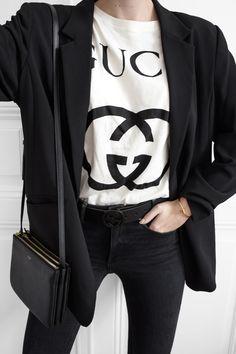 Double C & double G ✌🏼 Gucci Tee, Zara Blazer, Celine, Personal Style, Skinny Jeans, Product Description, Shoulder Bag, Tees, Knot