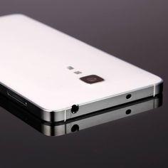 Стильный китайский смартфон DOOGEE Hitman DG850 с металлической рамкой, 5-дюймовым экраном HD, 4-ядерным процессором, оперативной памятью 1 Гб, встроенной памятью 16 Гб :) , основной 13-мегапиксельной камерой и аккумулятором ёмкостью 2500 мАч ...