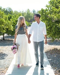 A sweet engagement or couples photoshoot inspo.. Maxi tulle skirt by Bliss Tulle