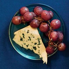 19 easy party appetizers | Rustic Grape Appetizer | Sunset.com