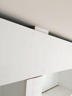 Built-in Bookshelves from IKEA Billy Bookcases–How to do it – 11 Magnolia Lane Corner Bookshelf Ikea, Ikea Billy Bookcase Hack, Bookshelves Built In, Billy Bookcases, Interior Design Living Room, Interior Decorating, Interior Designing, Billy Ikea, Kitchen Storage Hacks