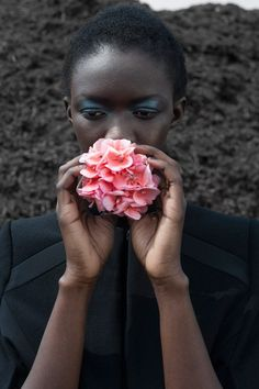 DESIGN SCENE STYLE: Adama as Lady Botanist by Imke Panhuijzen