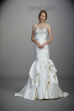 Let Us Help You Locate Your Dream Gown For Less. Couture wedding gowns at or more off retail. Liancarlo Wedding Dresses, Wedding Dresses Photos, Fall Wedding Dresses, Wedding Dress Styles, Designer Wedding Dresses, Inexpensive Wedding Dresses, Elegant Wedding Gowns, Luxe Wedding, Gorgeous Wedding Dress