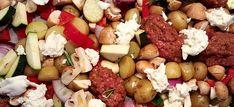Deze gegrilde groenten met Italiaans gekruid gehakt en mozzarella bereid je bijna helemaal in de oven. Makkelijk te maken en super lekker.