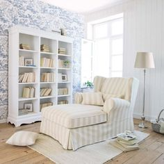 White Paulownia Wood Bookcase | Maisons Du Monde.