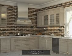 Brick effect kitchen wall tiles. Vintage look cooker hood. Kitchen Wall Tiles, Kitchen Cabinets, Classic Kitchen Furniture, Blanco White, How To Make Salsa, Interior And Exterior, Interior Design, Cooker Hoods, Rustic Wall Decor