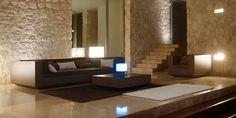 Vela by Vondom Interior Minimalista, Indoor Outdoor, Outdoor Decor, Pool Houses, Potted Plants, Floor Chair, Colonial, Table Lamp, Patio