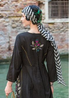 Modern gypsy style striped scarf with boho chic embroidered tunic top blouse.  For MORE Bohemian Hippie Fashion FOLLOW https://www.pinterest.com/happygolicky/the-best-boho-chic-fashion-bohemian-jewelry-gypsy-/ now!