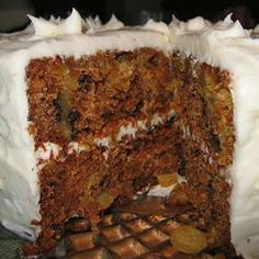 Check out this delicious cooking, Carrot Cake recipe Easy Carrot Recipes, Sweet Recipes, Cake Recipes, Dessert Recipes, Famous Carrot Cake Recipe, Famous Recipe, Just Desserts, Delicious Desserts, Yummy Food