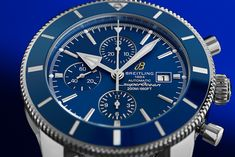 As a diver's watch in a retro design, the Superocean Heritage II ref. A1331216.C963.152A captivates with its function as a chronograph, a dark blue dial and Milanese strap made of stainless steel. Admirable on land an in water. Breitling Superocean Heritage, Breitling Watches, Retro Design, Dark Blue, Stainless Steel, Luxury, Water, Gripe Water, Deep Blue