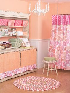 Love the coral paint on the walls.