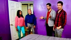 Property Brothers Unearth a Paint Job You Have to See to Believe http://www.realtor.com/advice/home-improvement/property-brothers-unearth-awful-paint-job/