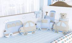 Kit Berço Carrinhos: conjunto moderno formado por um protetor rolinho, com uma charmosa estampa de carrinhos, um protetor slim com nuvenzinhas e lúdicas almofadas, que serão as companheiras de soninho e de muitas brincadeiras do pequeno. Baby Bedroom, Baby Boy Rooms, Baby Room Decor, Baby Cribs, Kids Bedroom, Fabric Toys, Baby Swings, Cot Bedding, Kids Pillows