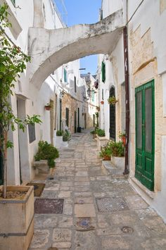 Ostuni Puglia, Italy is located about 8km from the coast, and these nearby beaches makes this a popular tourist attraction... and the grapes of course! #Italy #StudentFlights #GoYourOwnWay #Travel