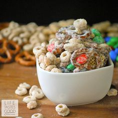Easy Sweet and Salty Snack Mix