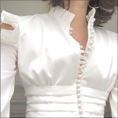 Best 12 Blouses Wind Blouse Heavy Craft Lotus Leaf Side Open Shoulder L Myanmar Traditional Dress, Traditional Dresses, Hijab Fashion, Fashion Dresses, Fashion Details, Fashion Design, Blouse And Skirt, Beautiful Blouses, White Fashion