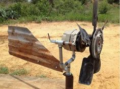 Excellent tutorial to make a diy wind turbine out of an old truck transmission. Great energy saving craft for a homesteader. By PioneerSettler.com at http://pioneersettler.com/diy-wind-turbine-generators-living-off-the-grid
