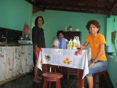 Célia, (Irmã da Georgea), Georgea e Sueli - Café da manhã - Ipiaçu - MG - 13/Fev/2009