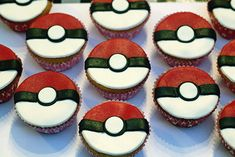 60 super ideas for cupcakes versieren kinderfeestje Cupcake Frosting Tips, Fondant Cupcakes, Fun Cupcakes, Cupcake Cakes, Cupcake Recipes From Scratch, Easy Cupcake Recipes, Pokeball Cupcakes, Greek Yogurt Cupcakes, Cupcakes Decoration Awesome