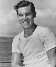 The dashing looking film/TV actor/producer Jeffrey Hunter was born in Some of his films included The Searchers, King of Kings and The Longest Day. He was married at one point to actress Barbara Rush. He passed in 1969 after a fall and striking his head. Vintage Hollywood, Classic Hollywood, Tv Actors, Actors & Actresses, Barbara Rush, Jeffrey Hunter, Married At First, The Searchers, Actresses